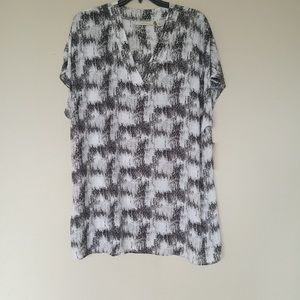 Sejour Distressed Ethnic Print Black & White Top